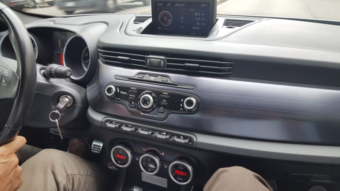 """A bordo di una delle 100  """"Giulietta for Maserati"""""""